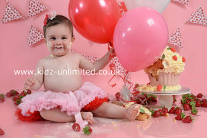 Cake Smash Photo Shoot Kent