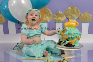 Cake Smash Princess Jasmine Kent